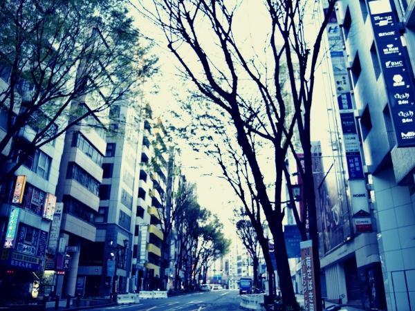 渋谷駅宮益坂の風景