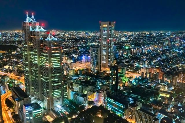 新宿東口の風景画像