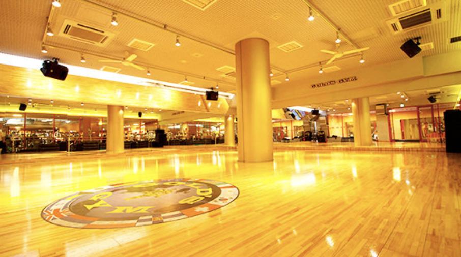 GOLD'S GYMウエスト東京の内観